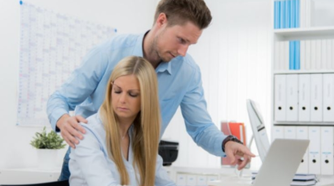 Com actuar davant l'assetjament laboral